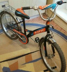 Детский велосипед на 6-8лет.