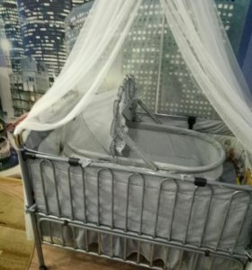 Кроватка детская трансформер.