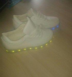Кроссовки лед светящиеся