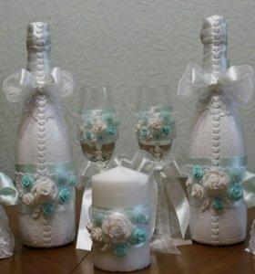 Оформление свадебных бокалов и шампанского