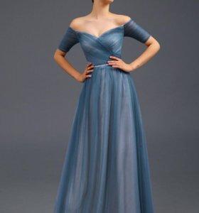 Платье вечернее  новое 40,42