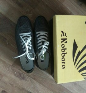 Кеды,кроссовки,ботинки,туфли