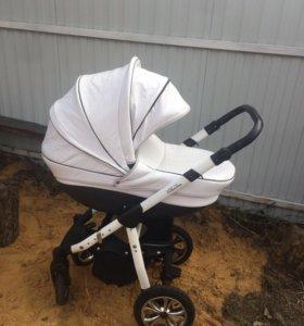 Коляска для новорождённых
