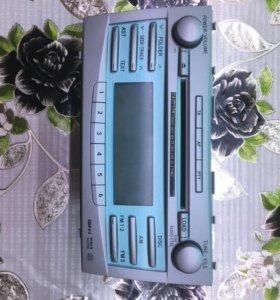 Штатное головное устройство на TOYOTA CAMRY 2007г.