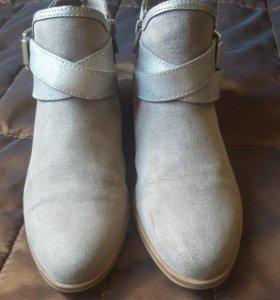 Ботинки (ботильоны) детские р-р34