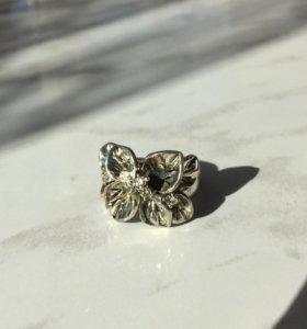 Кольцо цветок,бижутерия.