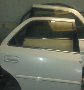 Двери Toyota Cresta GX100