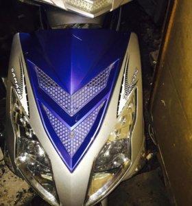 Продаётся скутер SAMADA