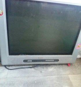 Продаю телевизор philips