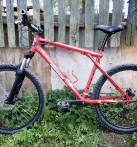 Горный велосипед GT AVALANCHE 3.0 (L)