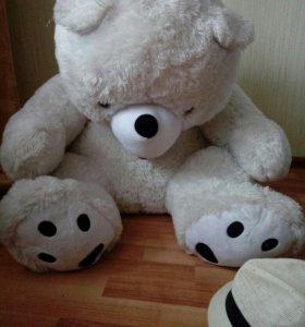 Продам мягкую игрушку медведя