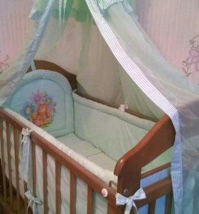 Комплект в детскую кроватку + подарок