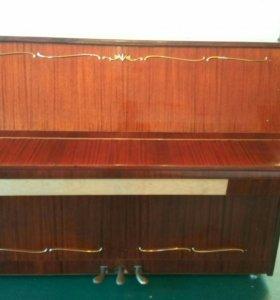 Продам фортепиано, подойдёт для музыкальных школ