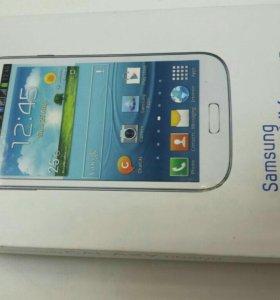 Смартфон Samsung GT I 9082 Duos