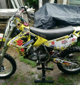 Мотоцикл Suzuki rm85l