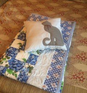 Лоскутное одеяло и подушка