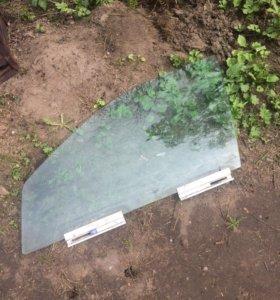Левое стекло вольво с 80 98-06