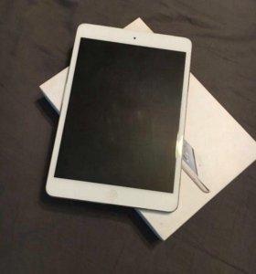 iPad mini 4g lte 16 gb