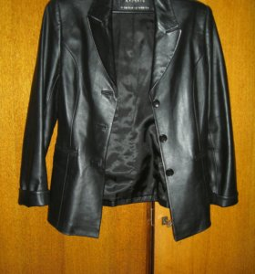 "Курточка ""Xsiman"", р-р 46."