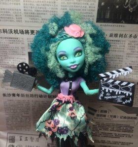 "Морстер Хай Monster High Ханни Свомп""Страх Камера"""