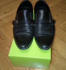 Туфли черные!