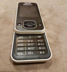Продаю на запчасти телефон слайдер Самсунг