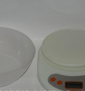 Новые Весы кухонные электронные с чашкой до 5кг