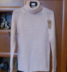 Новый, розовый свитер Pull and Bear, 42-44 размер