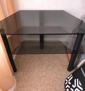 Продам стол для тв