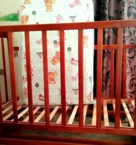 Кроватка детская( маятник)