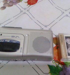Диктофон с кассетой