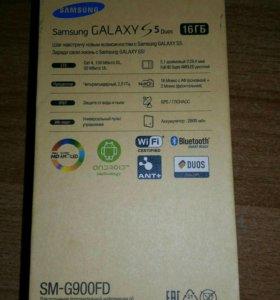 Смартфон Samsung Galaxy S 5