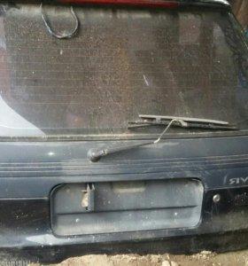 Двери на авто RVR
