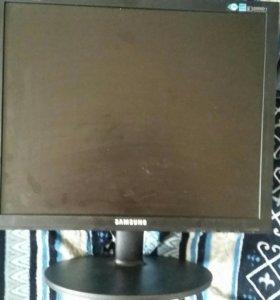 Продам монитор Samsung 19 дюймов