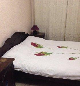 Недорогая спальня из дерева
