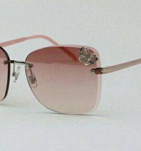 Люксовые солнцезащитные очки с декором