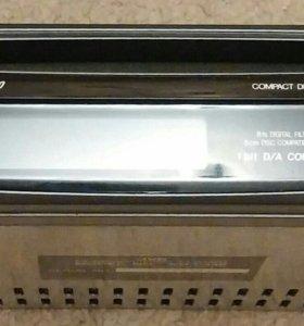 Проигрыватель компакт дисков JVC KD-C440