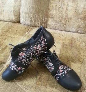 Новая обувь 40 р-р