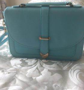 Новая сумка . Цвет голубой. 27*8*19