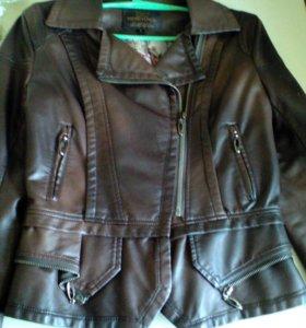 Новая женская куртка 42-44