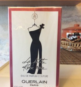 Guerlain la petit robe noir eau de Parfum couture