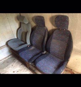 Сиденья для микроавтобуса