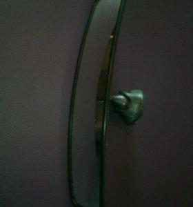 Зеркало заднего вида в салон авто на присоске
