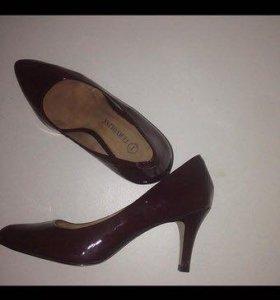 Туфли цвета Вишня