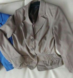 Пиджаки 42-44