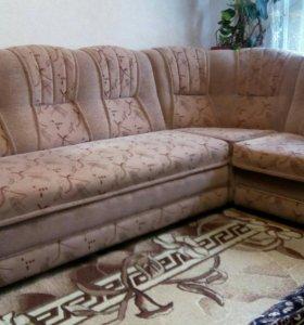 Продаю мягкую мебель( угловой диван+кресло кровать
