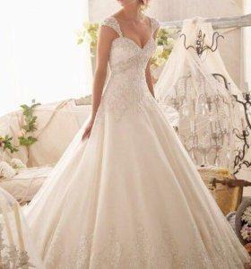 Свадебное платье, фата в подарок