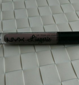 Жидкая помада NYX Lip Lingerie