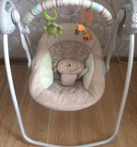 Музыкальные качели Babycare