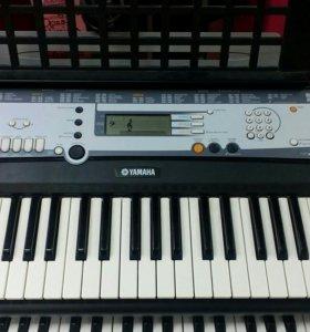 Синтезатор YAMAHA PSR E213